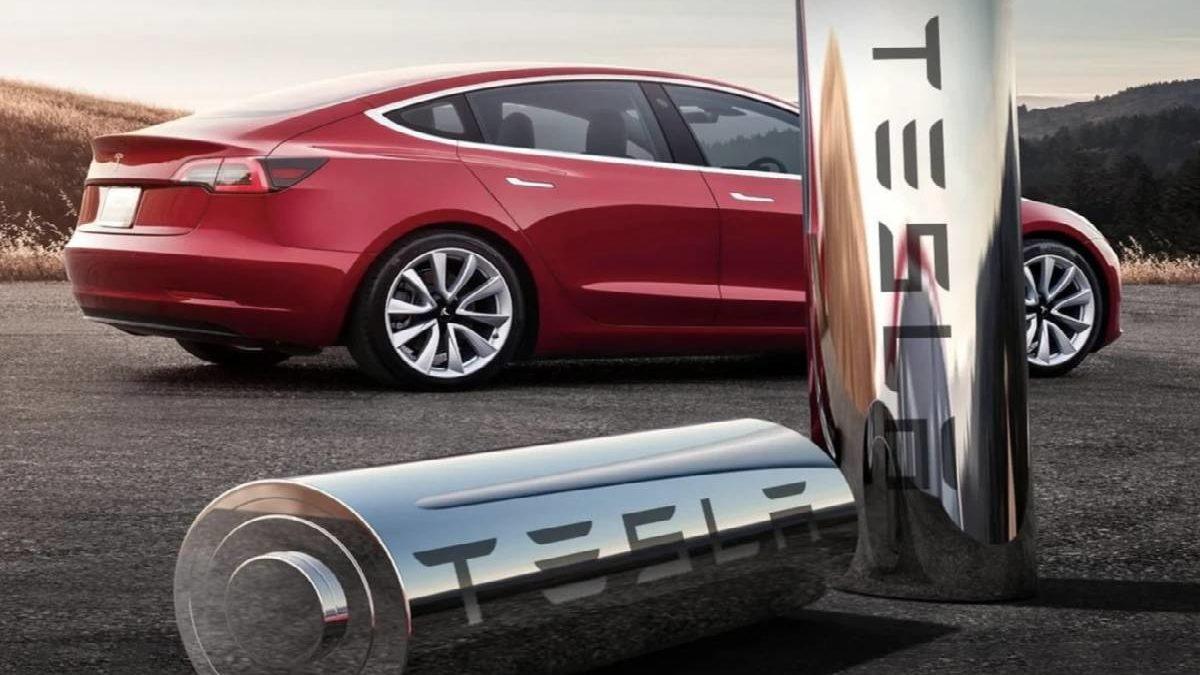 How Long does Tesla Battery Life Last? – Tesla Guarantees 70% Capacity, and More